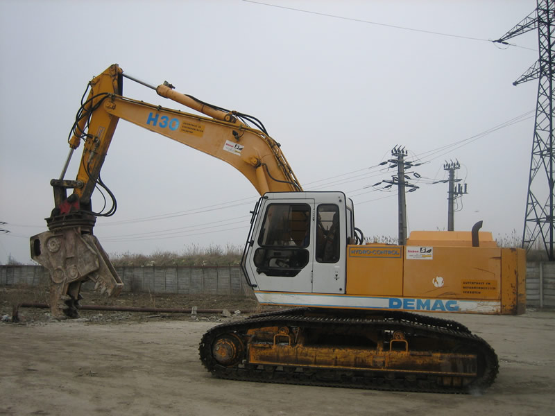 excavator demag_1 timisoara